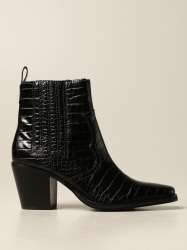 Steve Madden shoes, Code:  GENIVA BLACK