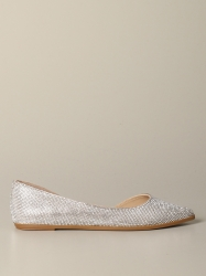 Steve Madden shoes, Code:  TAZED SILVER